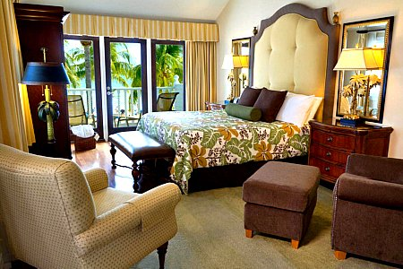 La Mer Hotel and Dewey House Guest Room