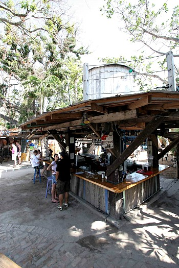 Outdoor Bar at Blue Heaven in Bahama Village Key West