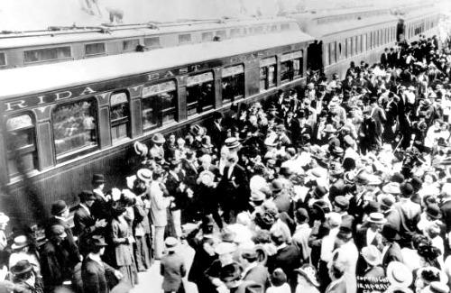 Cheering Crowds Greet Henry Flaglers Train in Key West