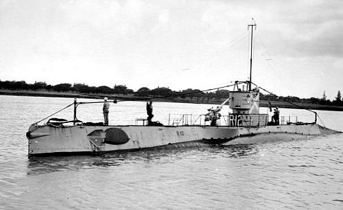 USS R-12 Leaving Harbor