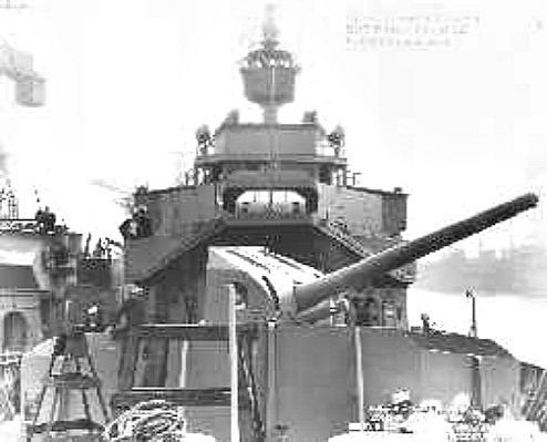USCG Bibb's forward 5-inch 51-caliber main battery