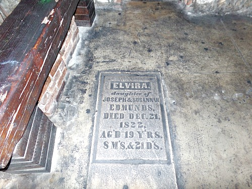 Captain Tonys Key West Bar Has Grave In Floor
