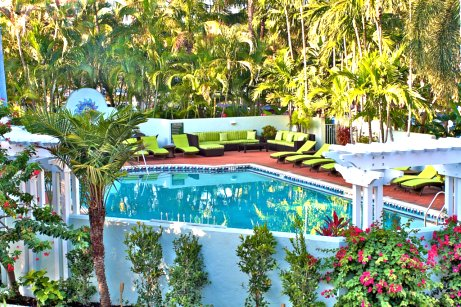 Tropical Pool Settings